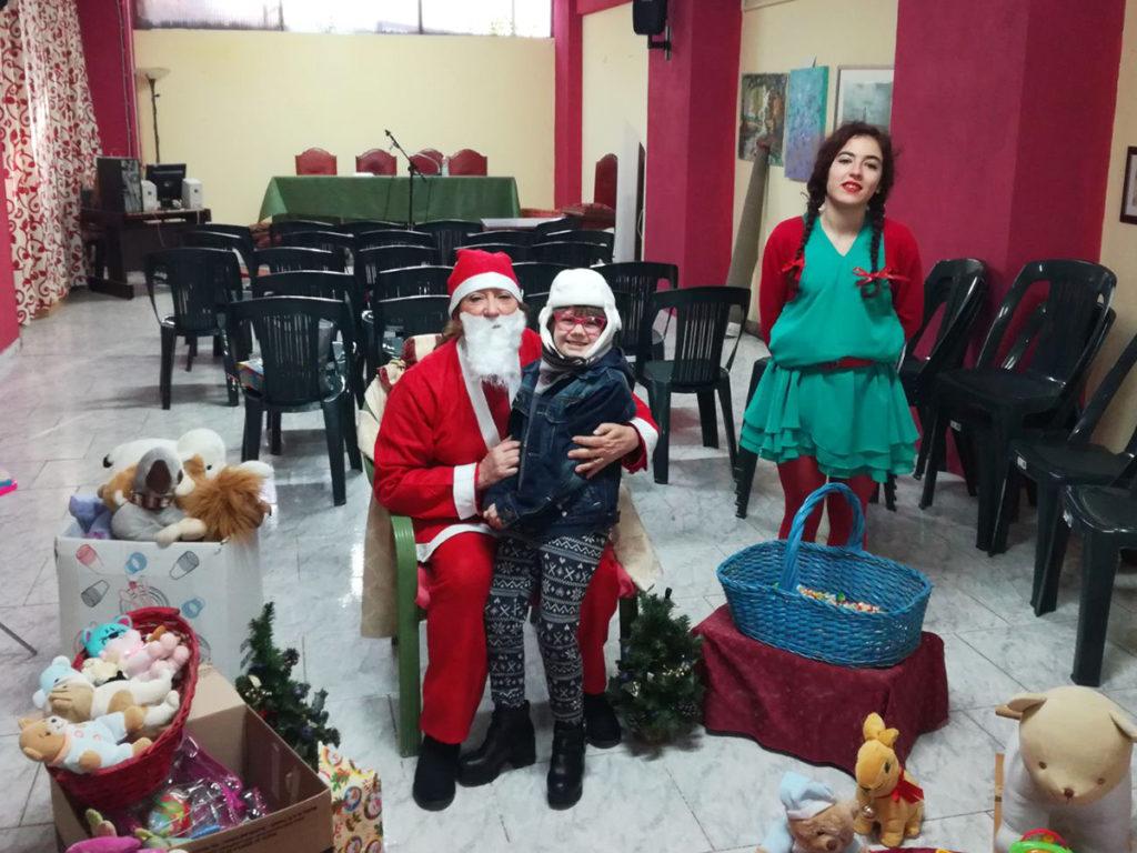 Babbo Natale nella sede dei Volontari di Strada (foto 1)