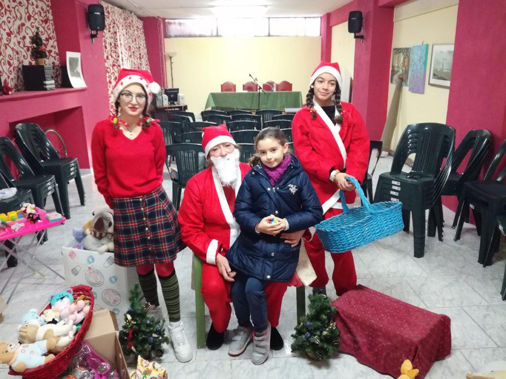 Babbo Natale nella sede dei Volontari di Strada (foto 2)
