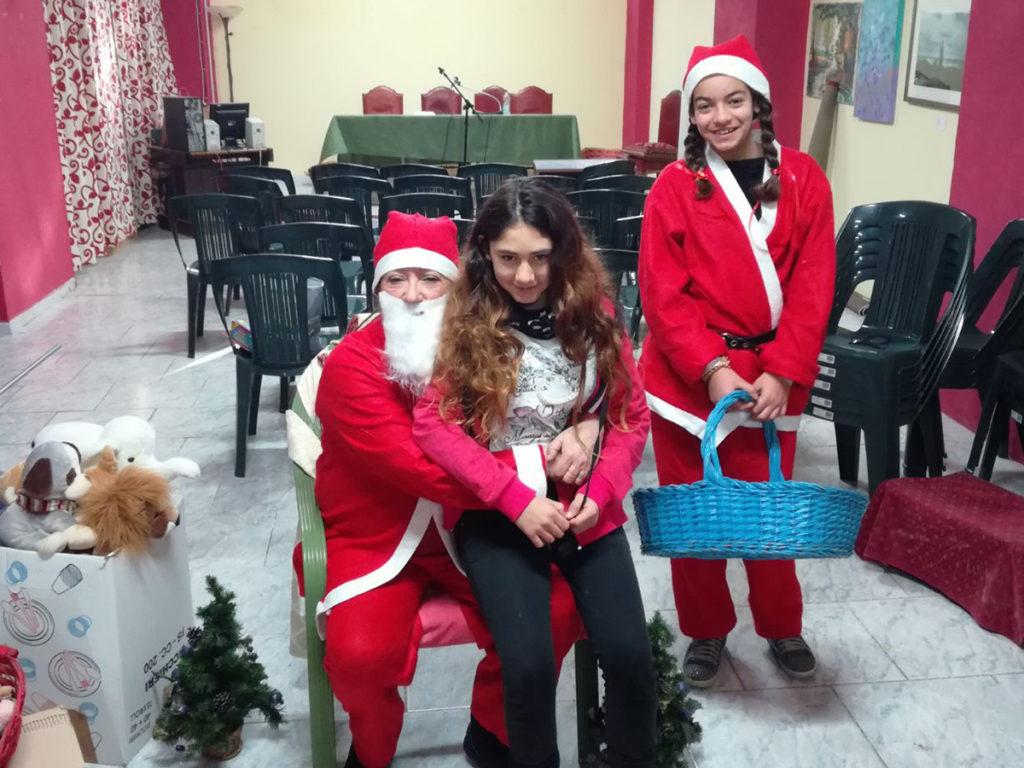 Babbo Natale nella sede dei Volontari di Strada (foto 3)