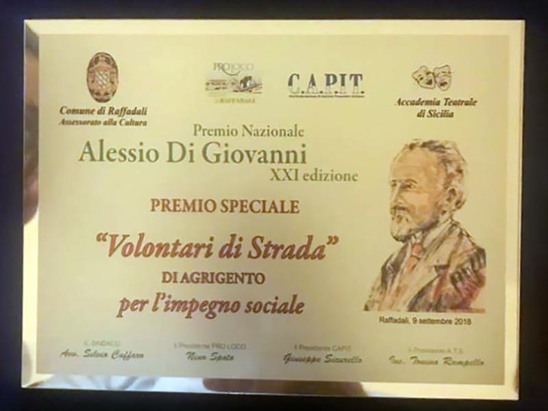 Premio Alessio Di Giovanni ai Volontari di Strada (foto 1)