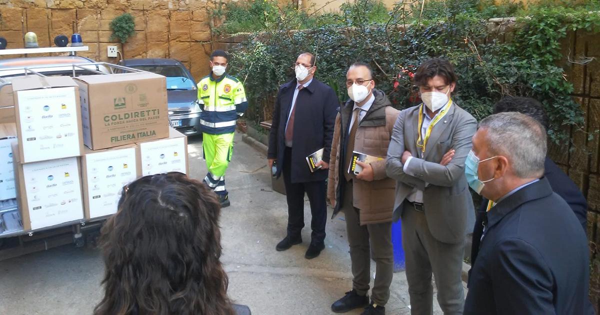 La Coldiretti di Agrigento dona ai Volontari di Strada prodotti agroalimentari Made in Italy